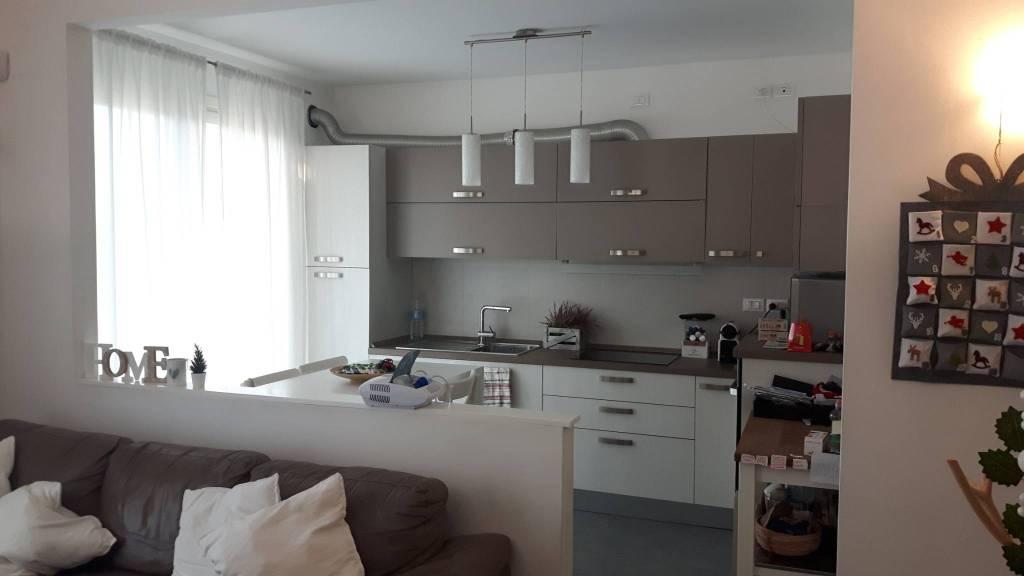 Appartamento in vendita a Campodarsego, 4 locali, prezzo € 180.000 | PortaleAgenzieImmobiliari.it