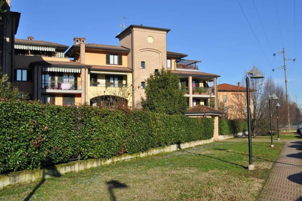 Appartamento in vendita a San Donato Milanese, 4 locali, prezzo € 345.000 | CambioCasa.it