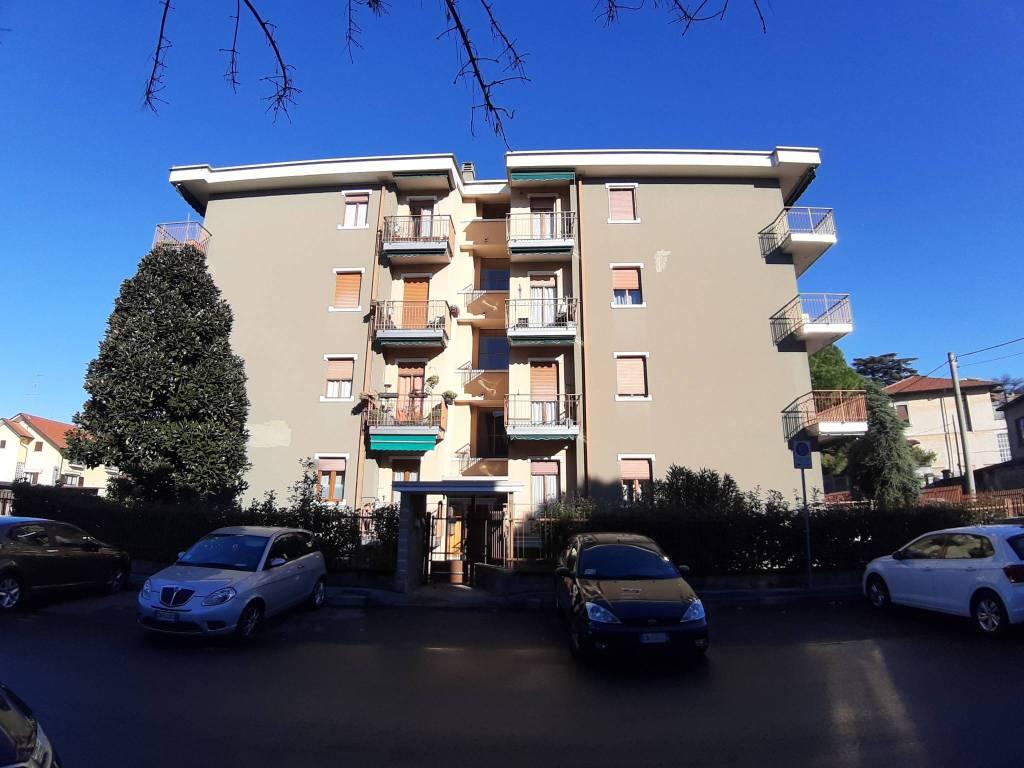 Appartamento in vendita a San Vittore Olona, 3 locali, prezzo € 128.000 | CambioCasa.it