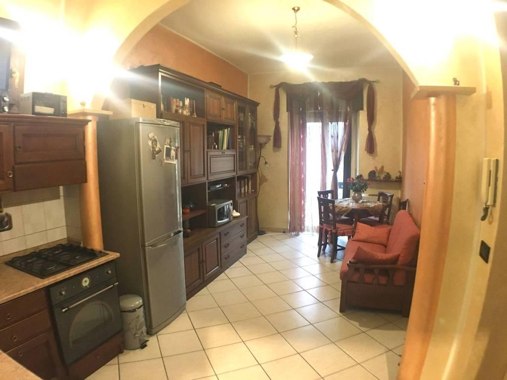 Appartamento in vendita a Beinasco, 2 locali, prezzo € 115.000 | CambioCasa.it