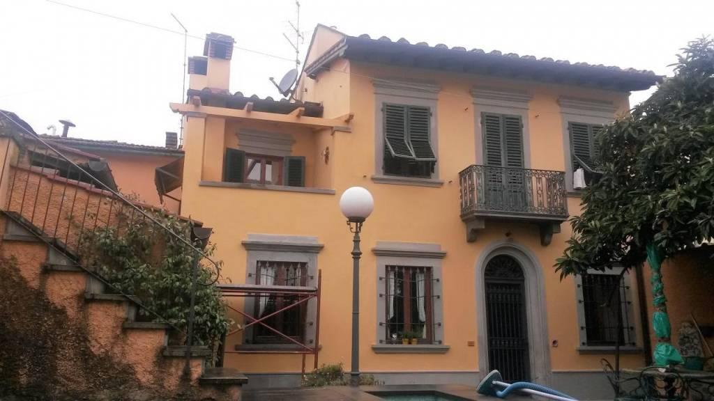 Villa in vendita a Barberino di Mugello, 8 locali, prezzo € 560.000 | CambioCasa.it