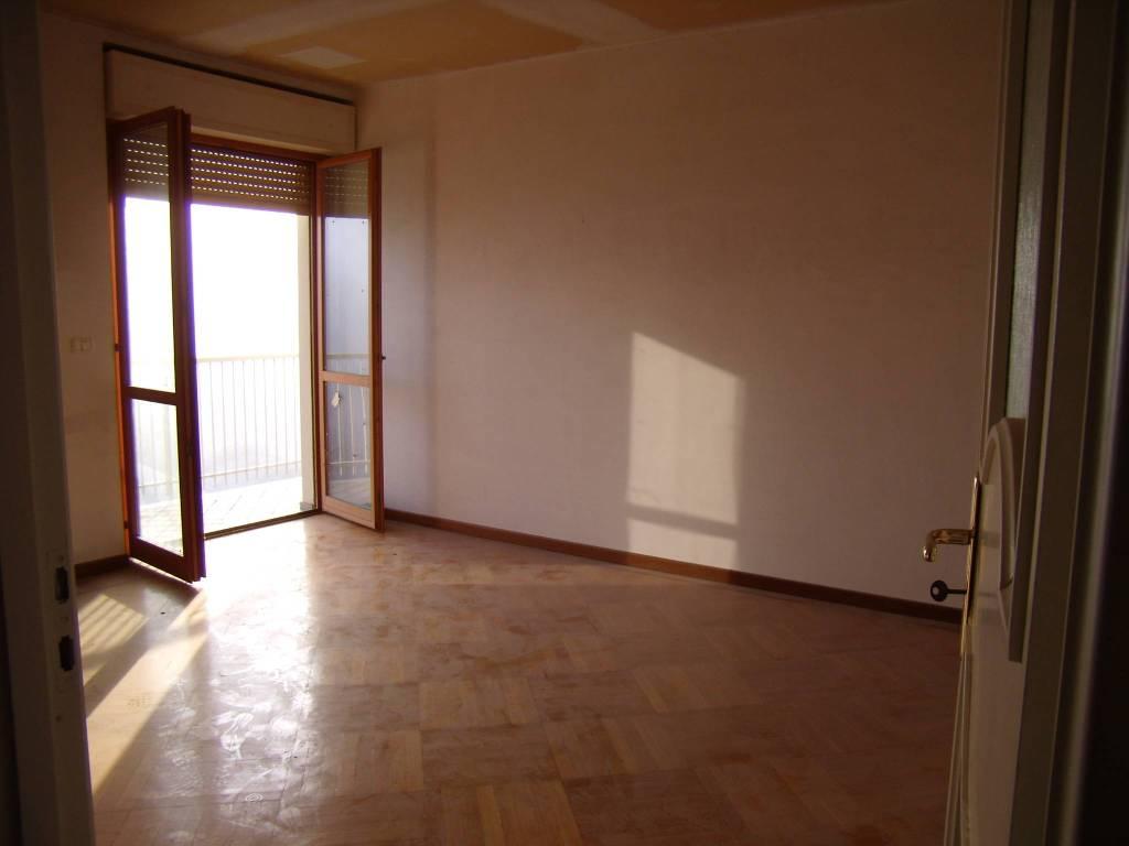 Attico / Mansarda in vendita a Castagnole delle Lanze, 3 locali, prezzo € 100.000 | PortaleAgenzieImmobiliari.it