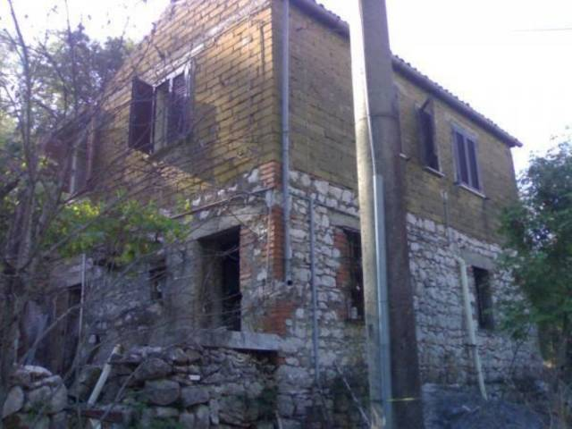 Appartamento da ristrutturare in vendita Rif. 4292612
