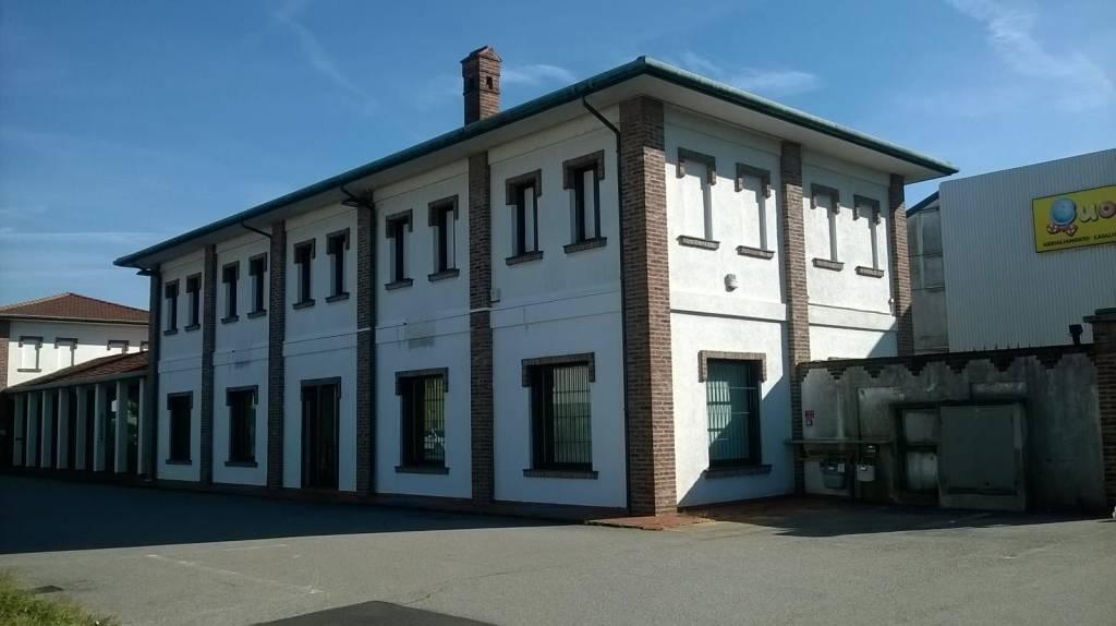 Negozio / Locale in affitto a Buscate, 3 locali, prezzo € 2.700 | PortaleAgenzieImmobiliari.it