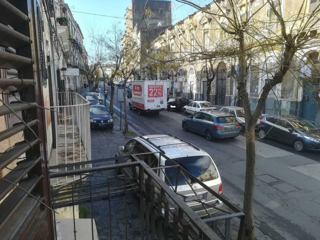 Appartamento in Vendita a Catania Centro: 3 locali, 75 mq