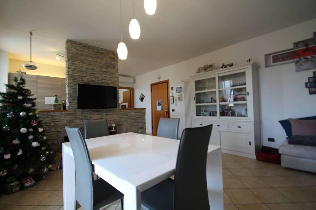 Appartamento in Vendita a Gatteo Periferia: 4 locali, 100 mq