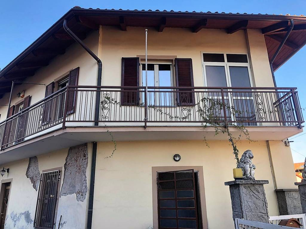 Villa in vendita a None, 6 locali, prezzo € 205.000 | PortaleAgenzieImmobiliari.it