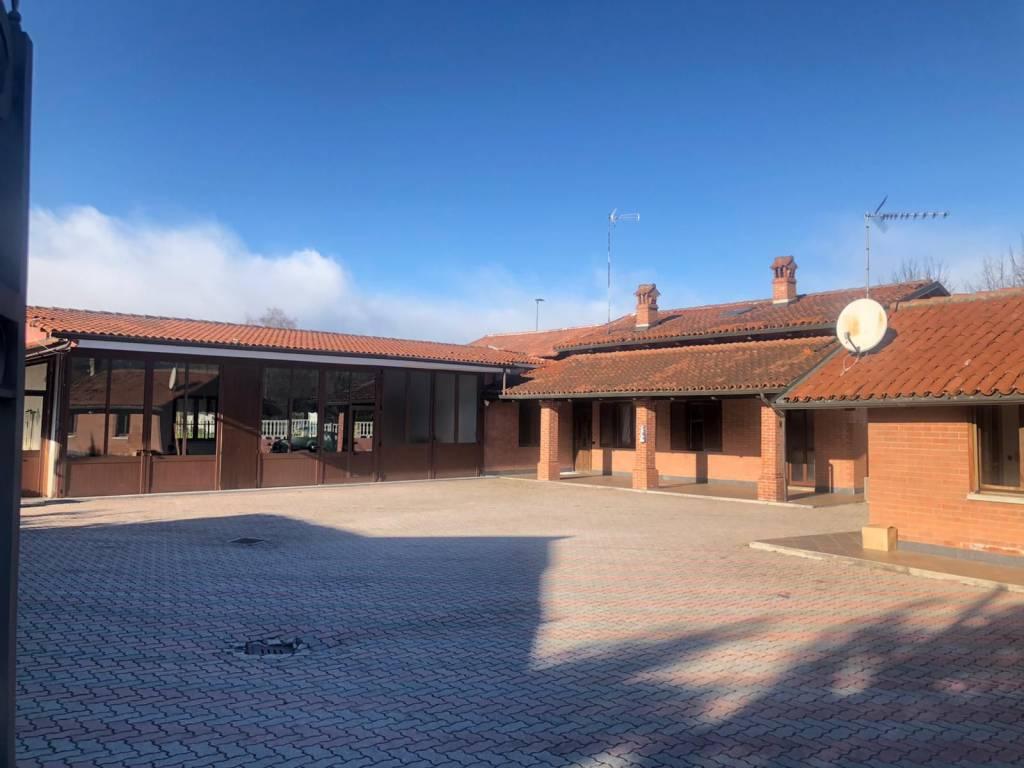 Villa in vendita a Nichelino, 6 locali, prezzo € 350.000 | PortaleAgenzieImmobiliari.it