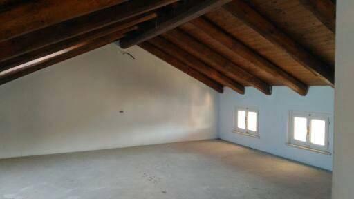 Soluzione Indipendente in vendita a Govone, 4 locali, prezzo € 70.000 | CambioCasa.it