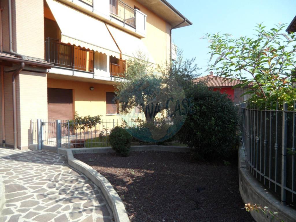 Appartamento in vendita a Grassobbio, 3 locali, prezzo € 160.000 | CambioCasa.it