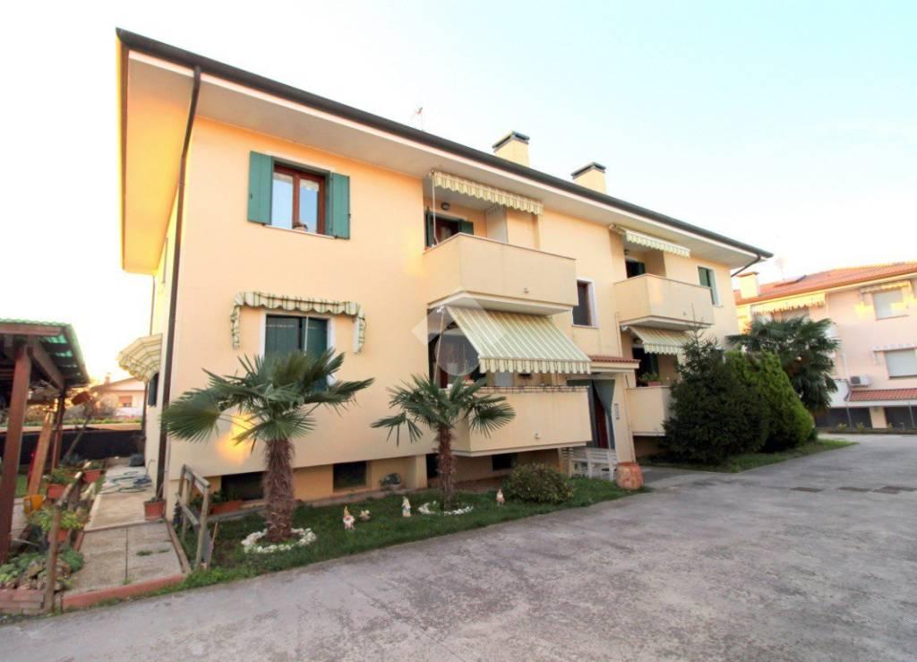 Appartamento arredato in vendita Rif. 9226979