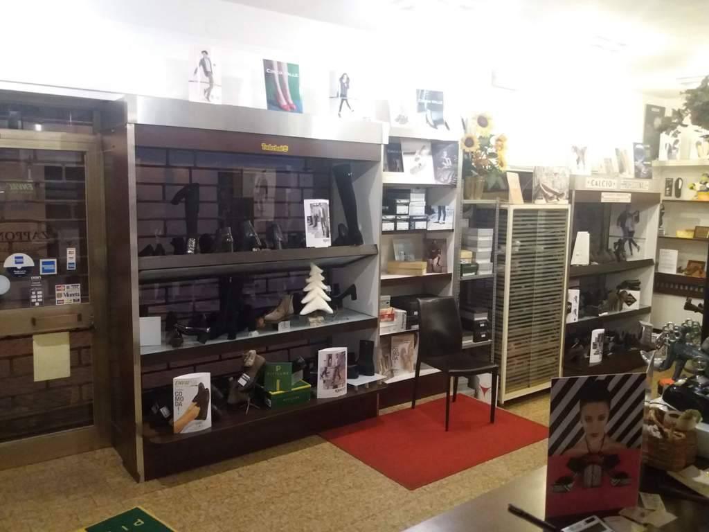 Negozio / Locale in vendita a Santa Maria della Versa, 3 locali, prezzo € 40.000 | PortaleAgenzieImmobiliari.it