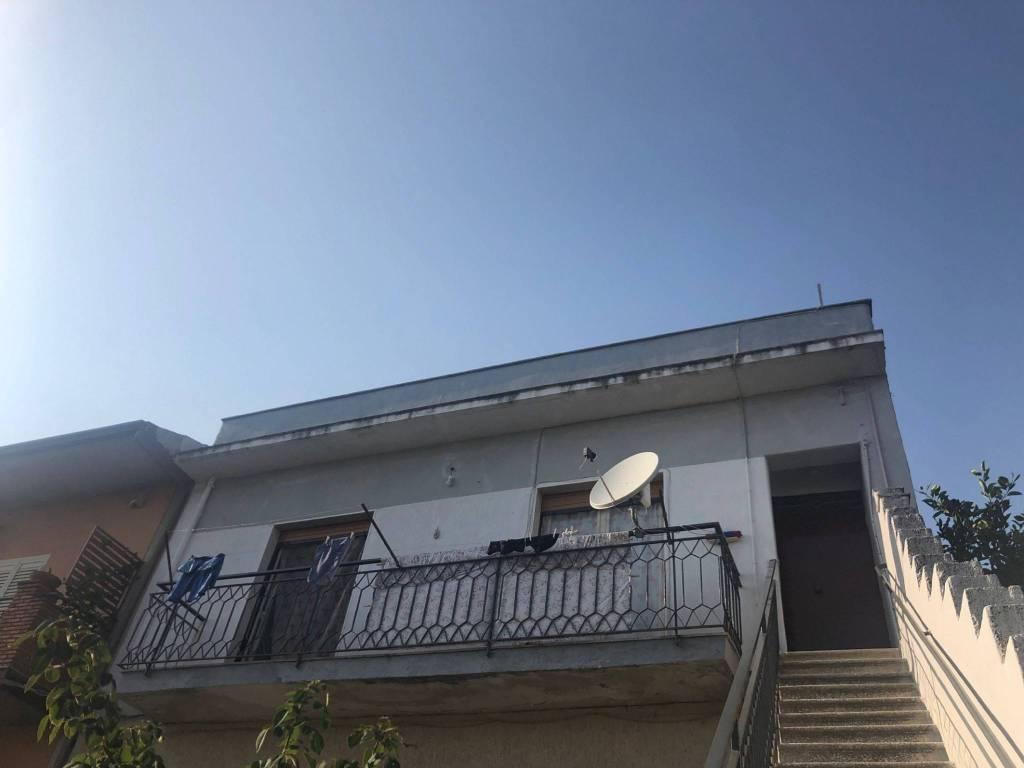 Appartamento in Vendita a Mascalucia Centro: 4 locali, 100 mq