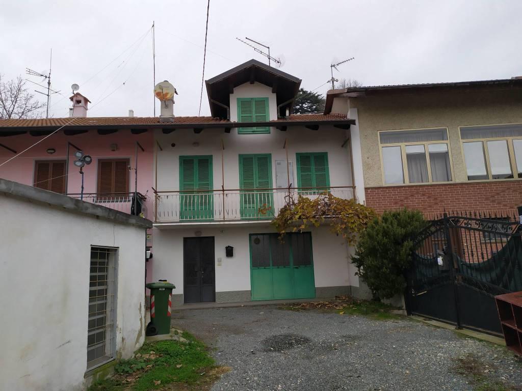 Appartamento in vendita a Almese, 2 locali, prezzo € 80.000   CambioCasa.it