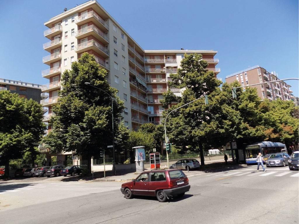 Appartamento in vendita a Torino, 4 locali, zona Collina, Precollina, Crimea, Borgo Po, Granmadre, Madonna del Pilone, prezzo € 105.000 | PortaleAgenzieImmobiliari.it