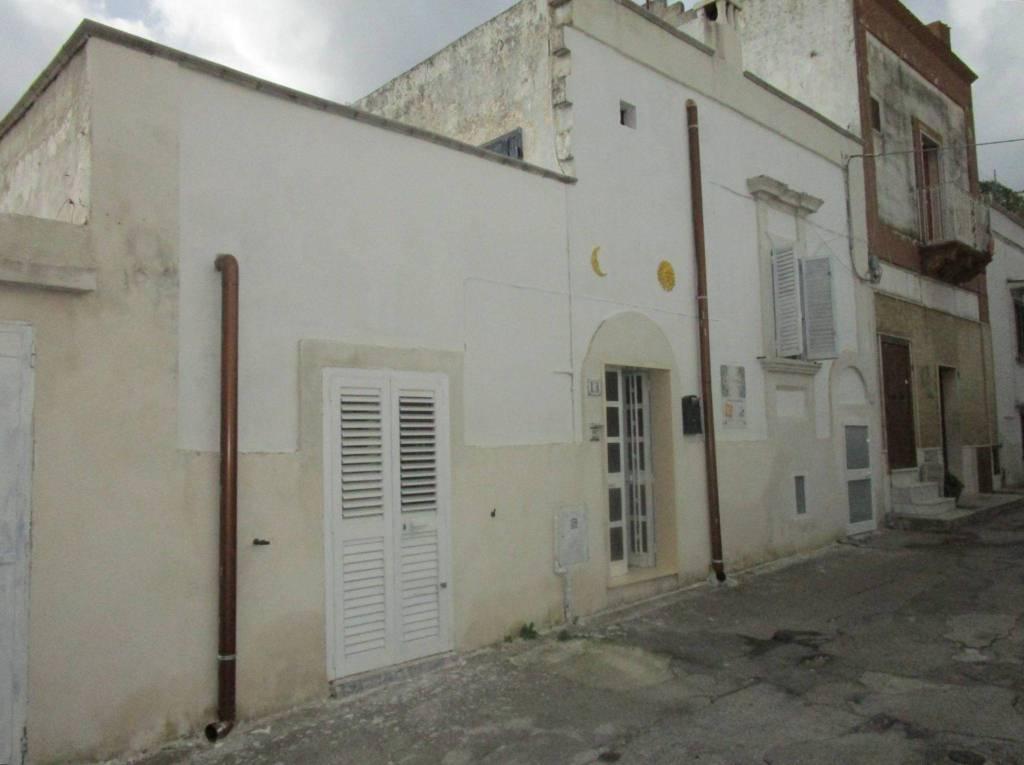 Appartamento in vendita a Statte, 4 locali, prezzo € 30.000 | CambioCasa.it