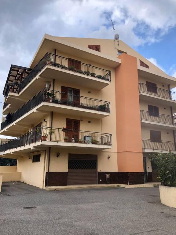 Appartamento in Vendita a Messina Periferia Sud: 5 locali, 180 mq