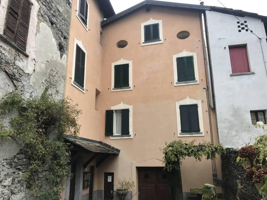 Soluzione Indipendente in vendita a Ardenno, 9999 locali, prezzo € 167.000 | CambioCasa.it