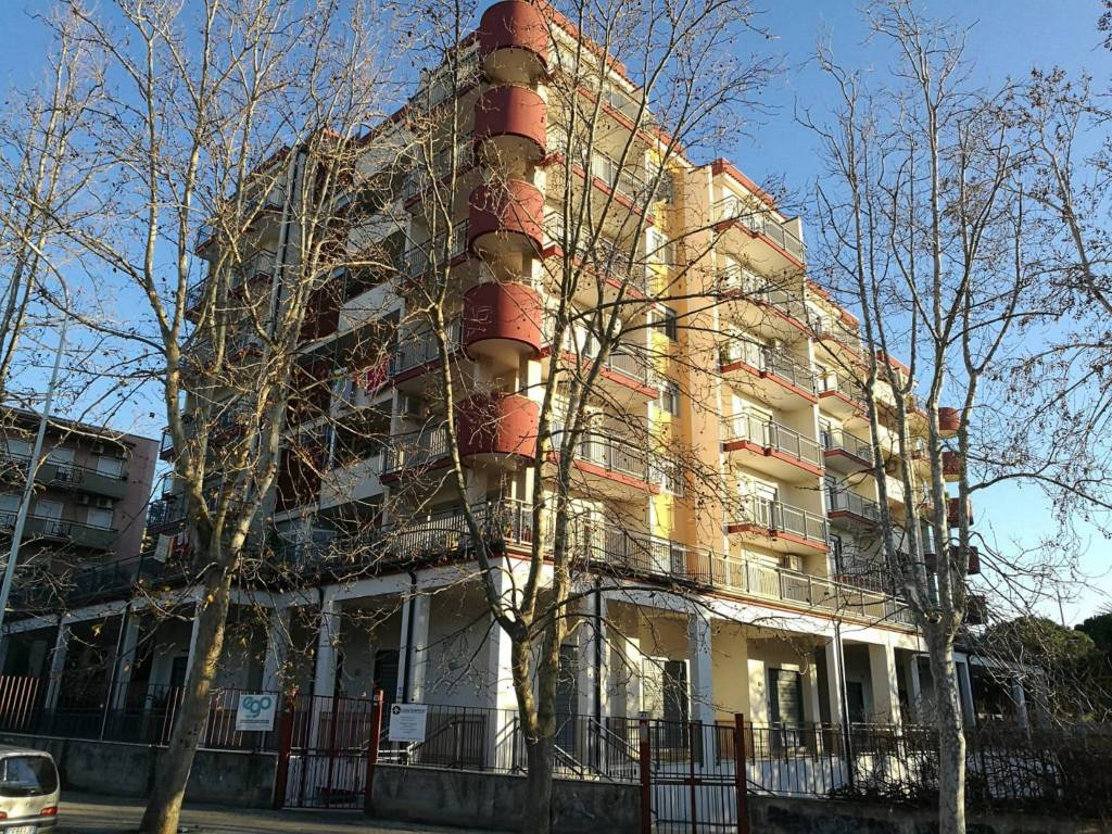 Appartamento in Vendita a Paterno' Centro: 5 locali, 120 mq