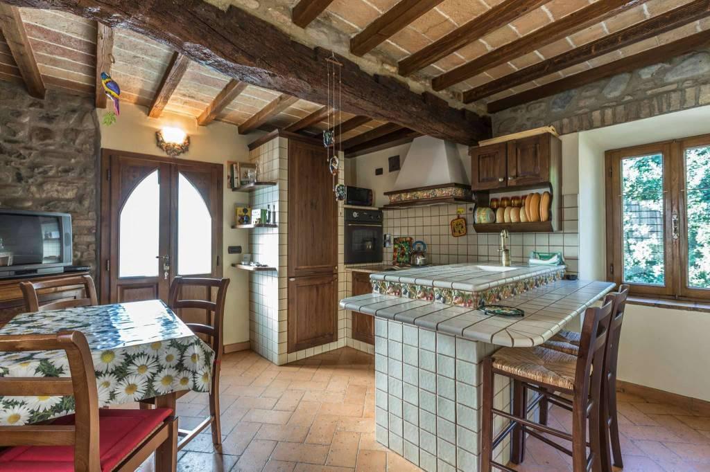 Villa in affitto a Savignano sul Panaro, 4 locali, prezzo € 790 | CambioCasa.it