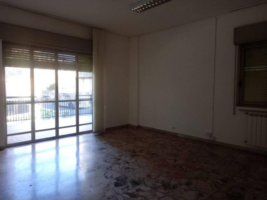 Appartamento in Affitto a Catania Centro: 5 locali, 170 mq