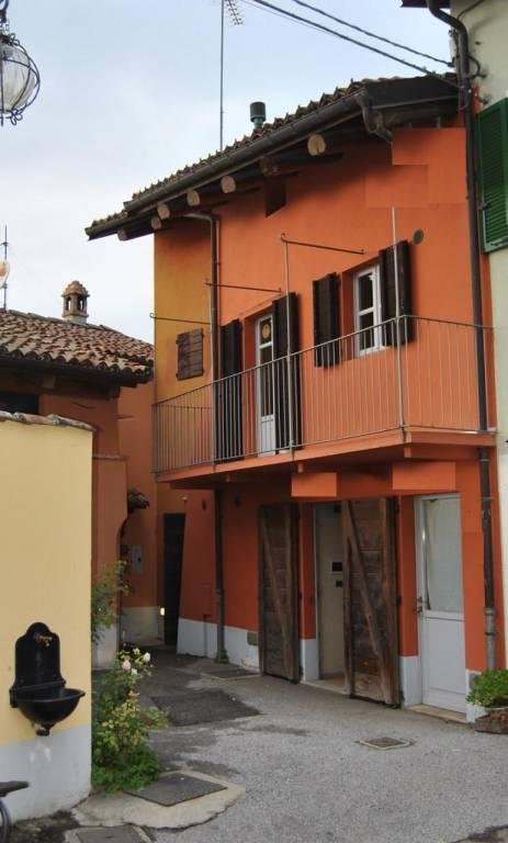 Soluzione Indipendente in vendita a Serralunga d'Alba, 4 locali, prezzo € 250.000 | PortaleAgenzieImmobiliari.it