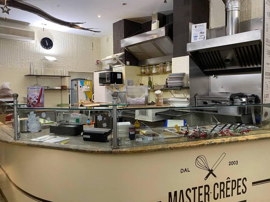 Bar in vendita a Pinerolo, 2 locali, prezzo € 45.000 | PortaleAgenzieImmobiliari.it