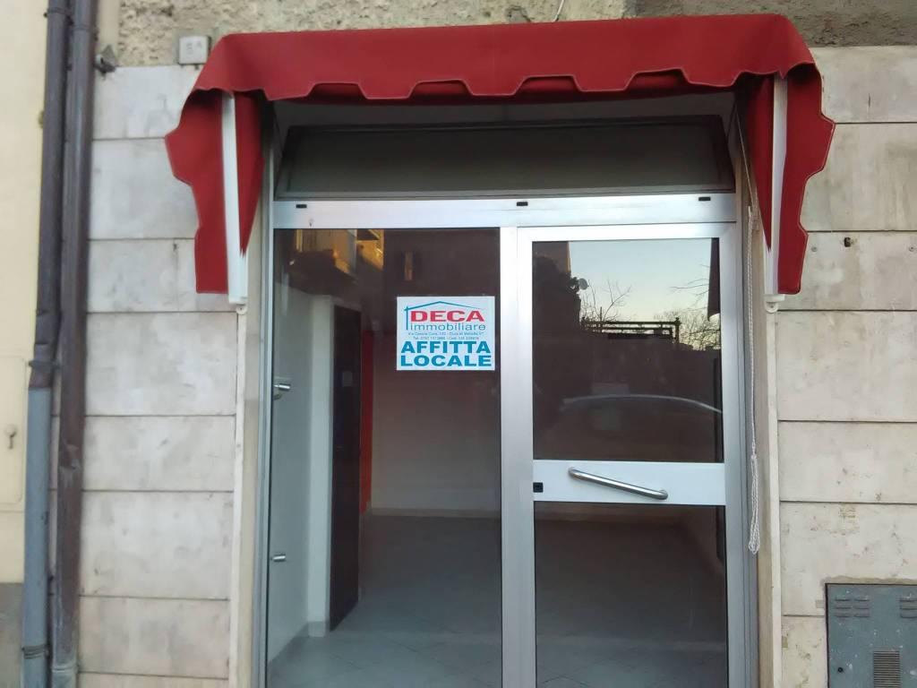 Negozio / Locale in affitto a Vetralla, 2 locali, prezzo € 230 | CambioCasa.it