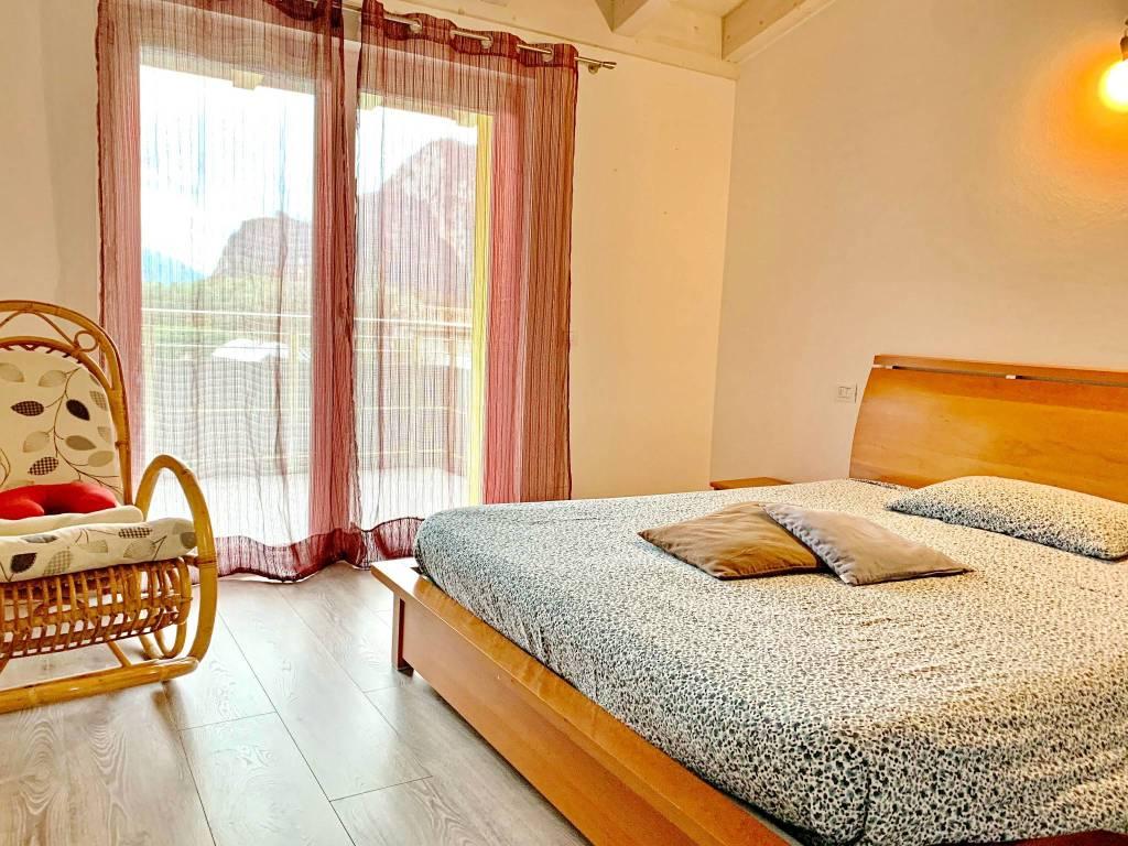 Foto villa indipendente in vendita a Dro (Trento)