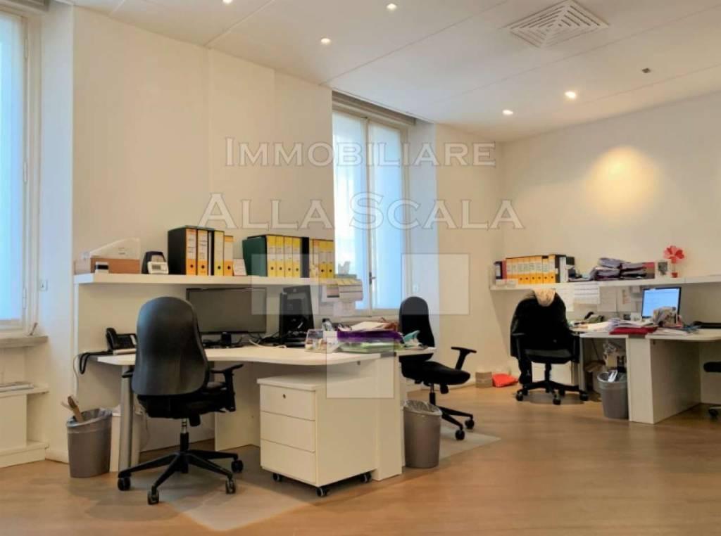 Ufficio-studio in Affitto a Milano 01 Centro storico (Cerchia dei Navigli): 5 locali, 190 mq