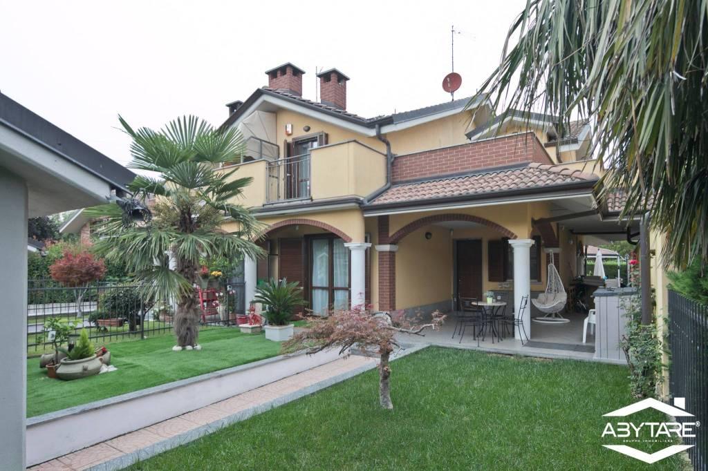 Foto 1 di Villa via Sciascia, 17, La Loggia