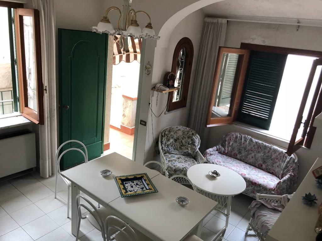 Appartamento in vendita a Amalfi, 4 locali, prezzo € 690.000   PortaleAgenzieImmobiliari.it