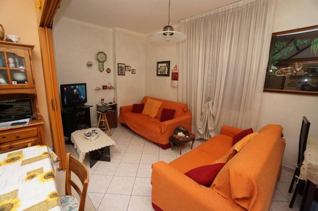Appartamento in vendita a Cilavegna, 3 locali, prezzo € 83.000 | CambioCasa.it