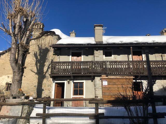 Appartamento in buone condizioni arredato in vendita Rif. 8897467