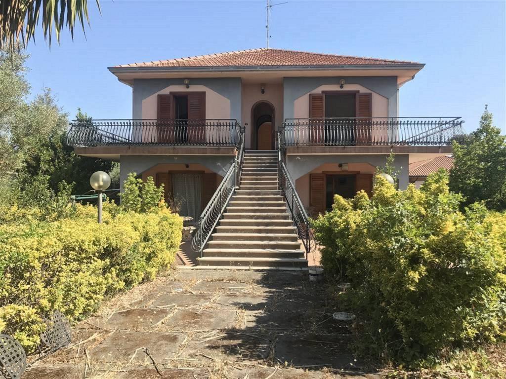 Villa in Vendita a San Giovanni La Punta Centro: 5 locali, 260 mq