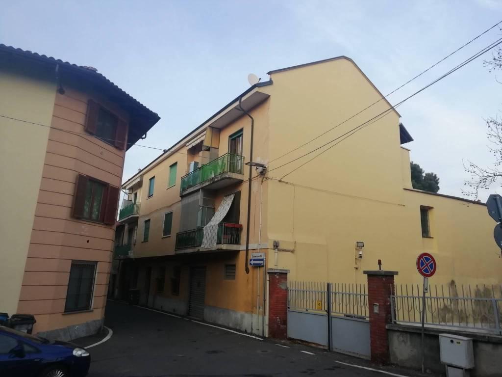 Appartamento in vendita a Pianezza, 2 locali, prezzo € 82.000   CambioCasa.it