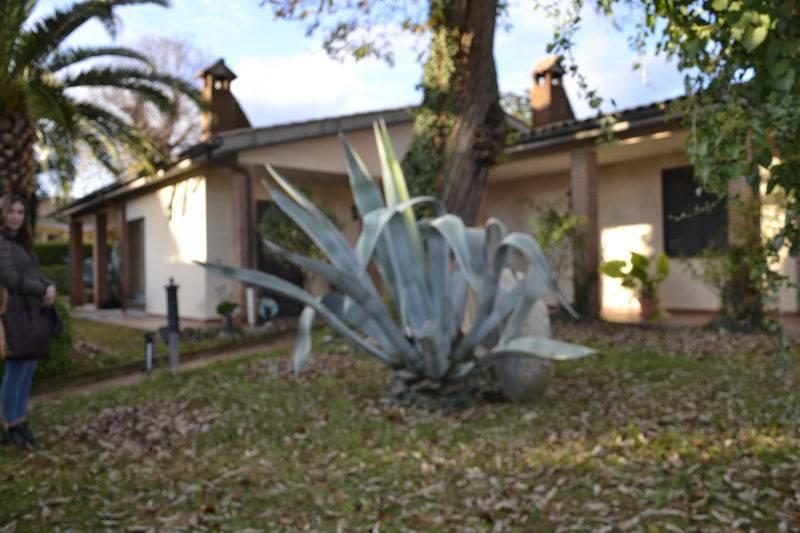 Villa in vendita a Capranica, 6 locali, prezzo € 380.000   CambioCasa.it