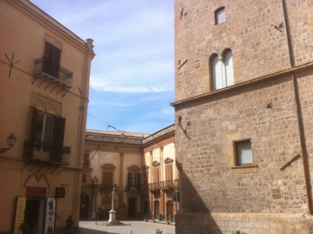 Appartamento in Affitto a Palermo Centro: 1 locali, 40 mq