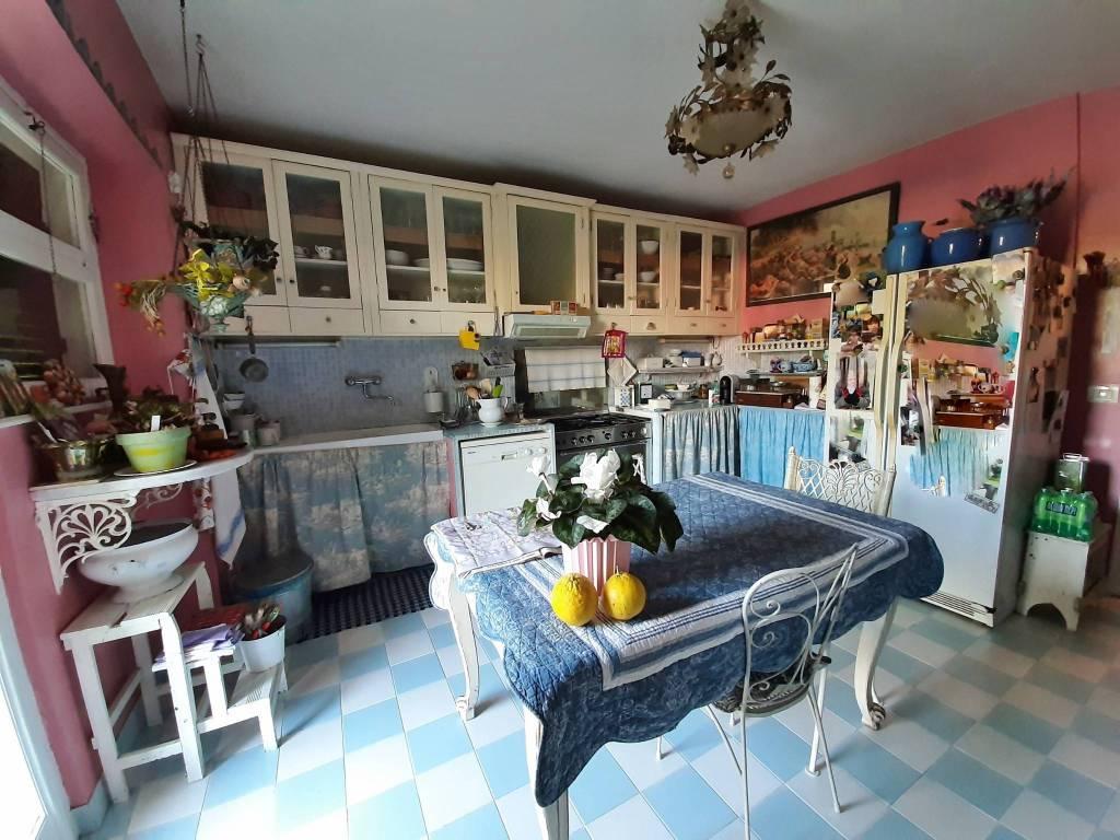 Villa in vendita a Riano, 7 locali, prezzo € 380.000 | CambioCasa.it