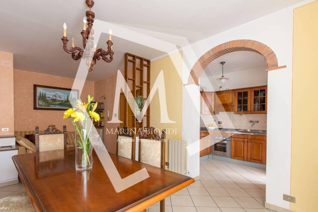 Appartamento in Vendita a Monte San Savino: 5 locali, 100 mq