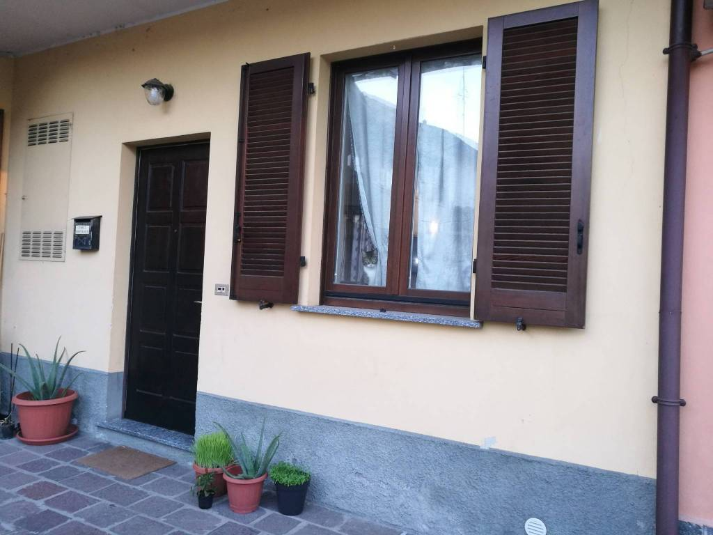 Appartamento in vendita a San Vittore Olona, 2 locali, prezzo € 85.000 | CambioCasa.it