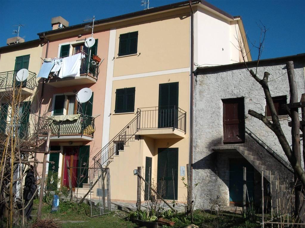 Villa in vendita a Cicagna, 4 locali, prezzo € 85.000 | CambioCasa.it