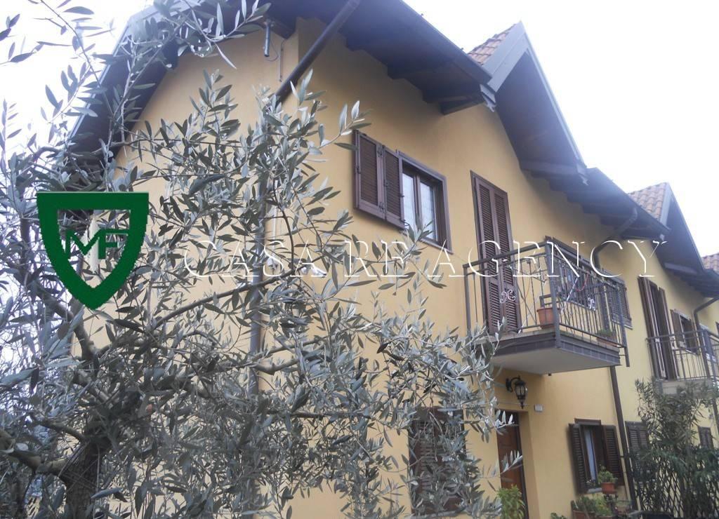 Villa a Schiera in vendita a Arcisate, 3 locali, prezzo € 250.000 | CambioCasa.it