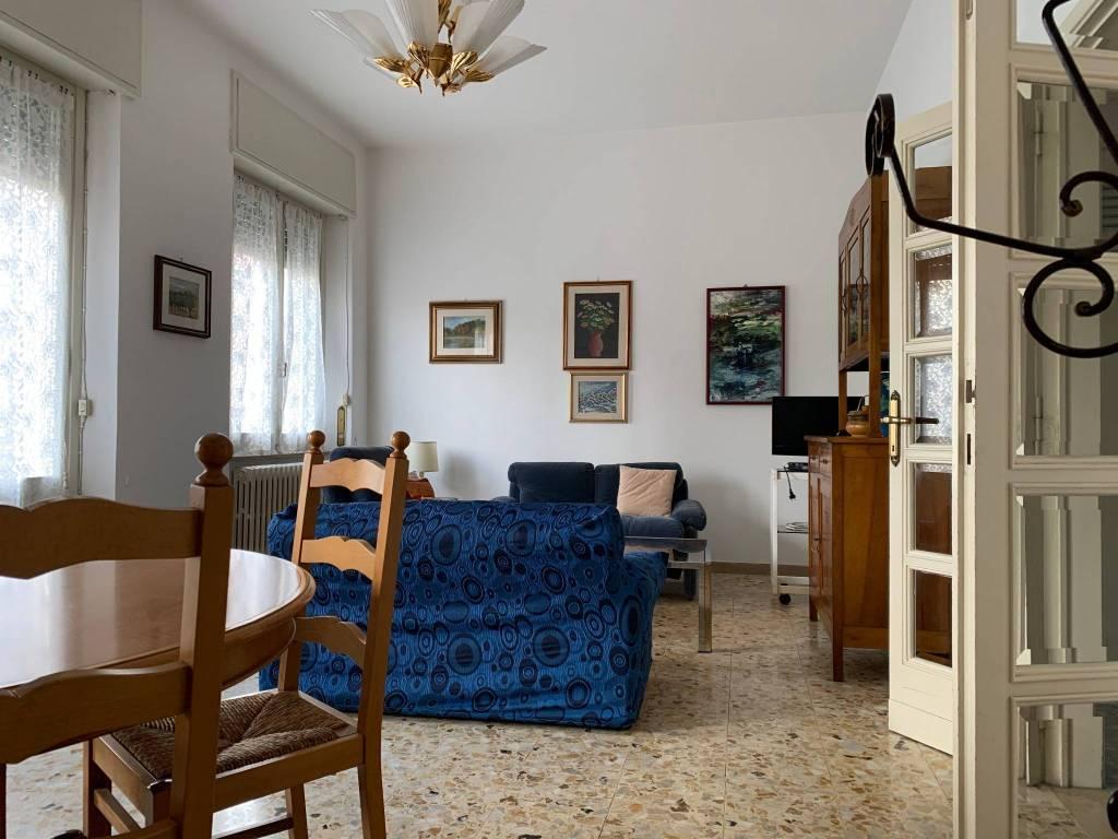 Appartamento in Affitto a Pistoia Centro: 5 locali, 100 mq