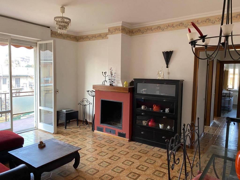 Appartamento in vendita a Lipomo, 3 locali, prezzo € 125.000 | PortaleAgenzieImmobiliari.it