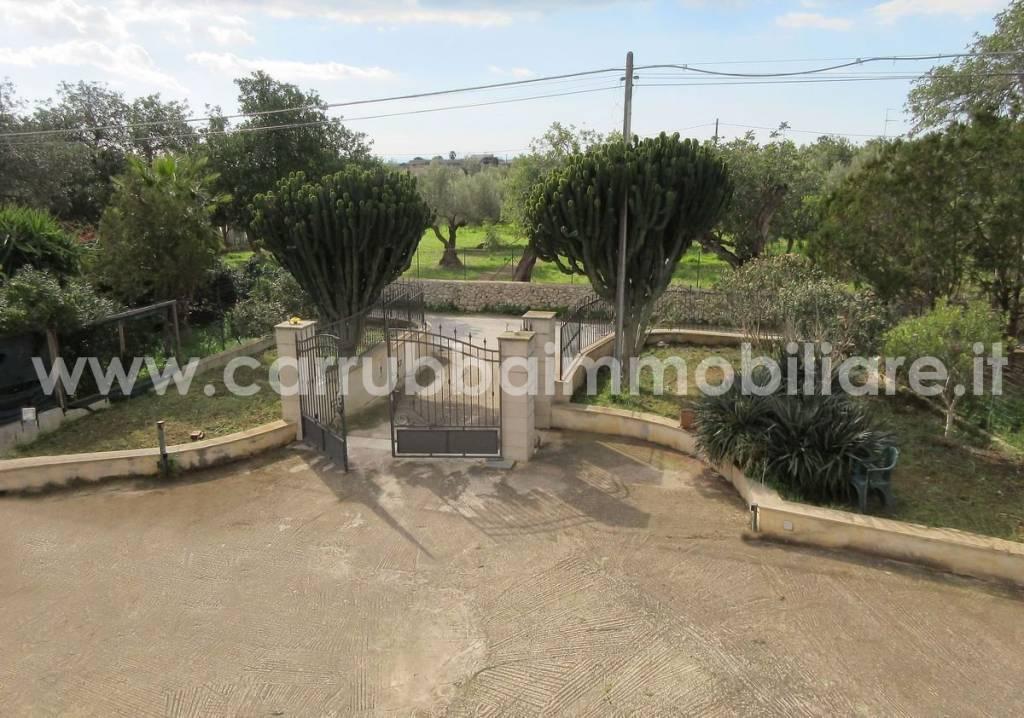 Villa in Vendita a Scicli Periferia: 5 locali, 285 mq