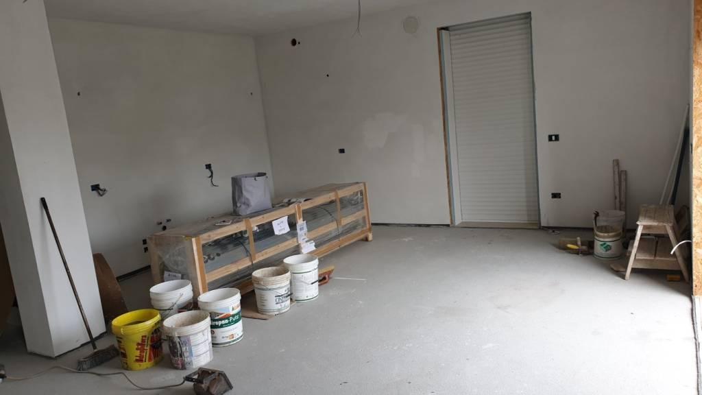 Appartamento in vendita a Camponogara, 4 locali, prezzo € 235.000 | CambioCasa.it