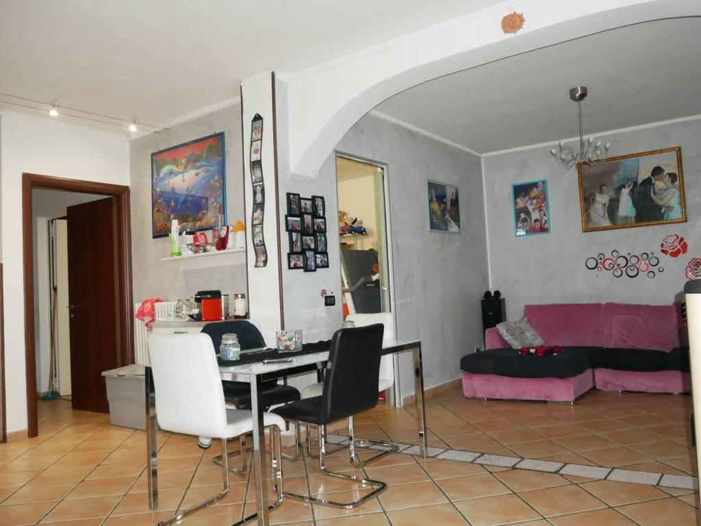 Appartamento in vendita a Castellucchio, 4 locali, prezzo € 125.000 | CambioCasa.it
