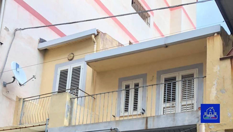 Appartamento in Vendita a Messina Centro:  3 locali, 85 mq  - Foto 1