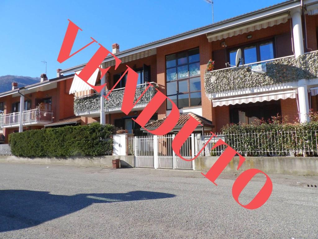 Foto 1 di Appartamento via Giacomo Leopardi 38, Condove